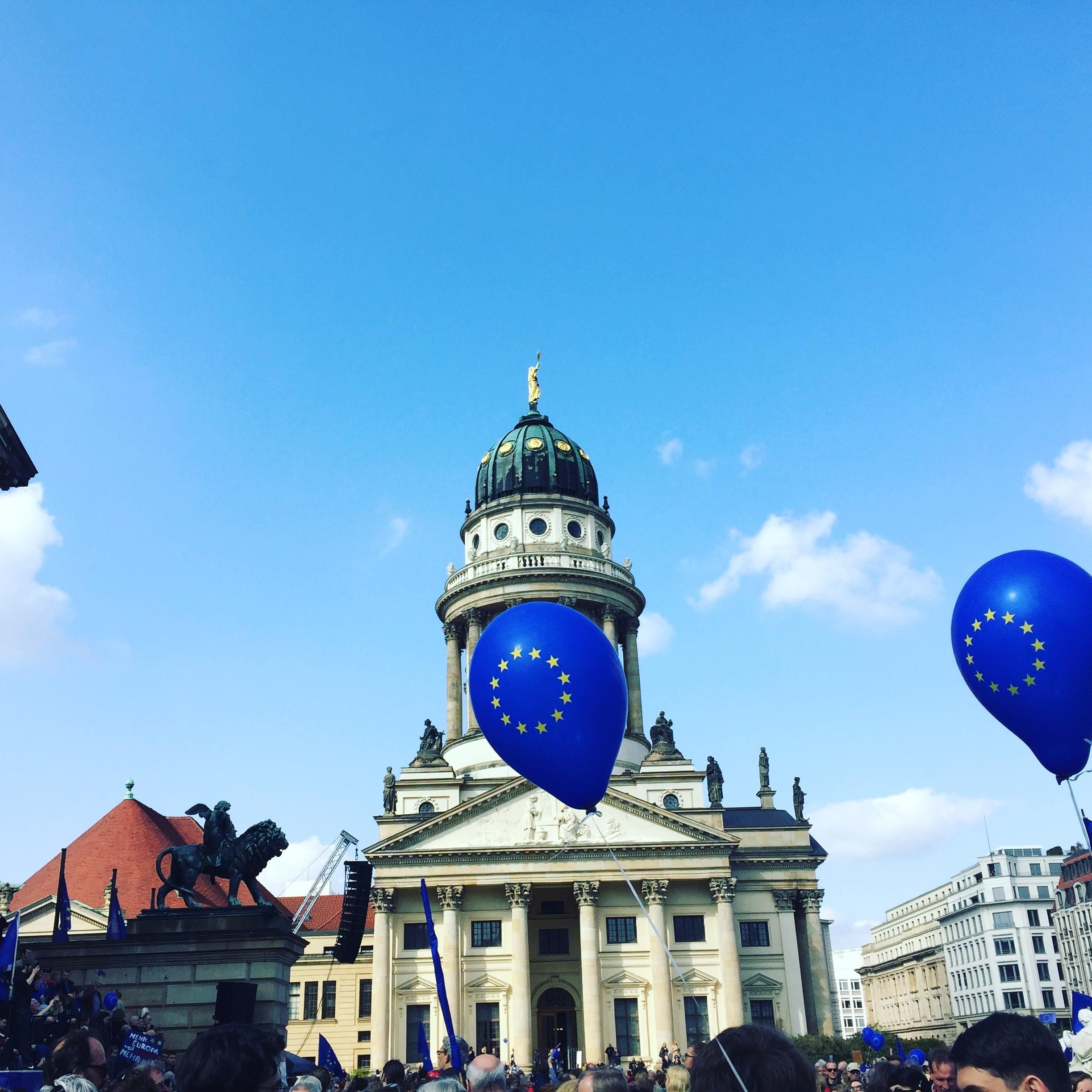 Ankündigung: Blaue Ballons und Bunte Fähnchen – Junge Union beim Internationalen Kinder und Familienfest