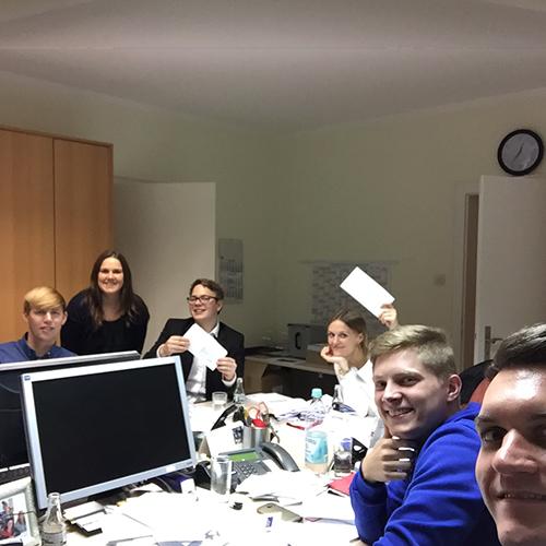 Kurz notiert: Erstwählerbrief der JU Langenfeld und JU Monheim